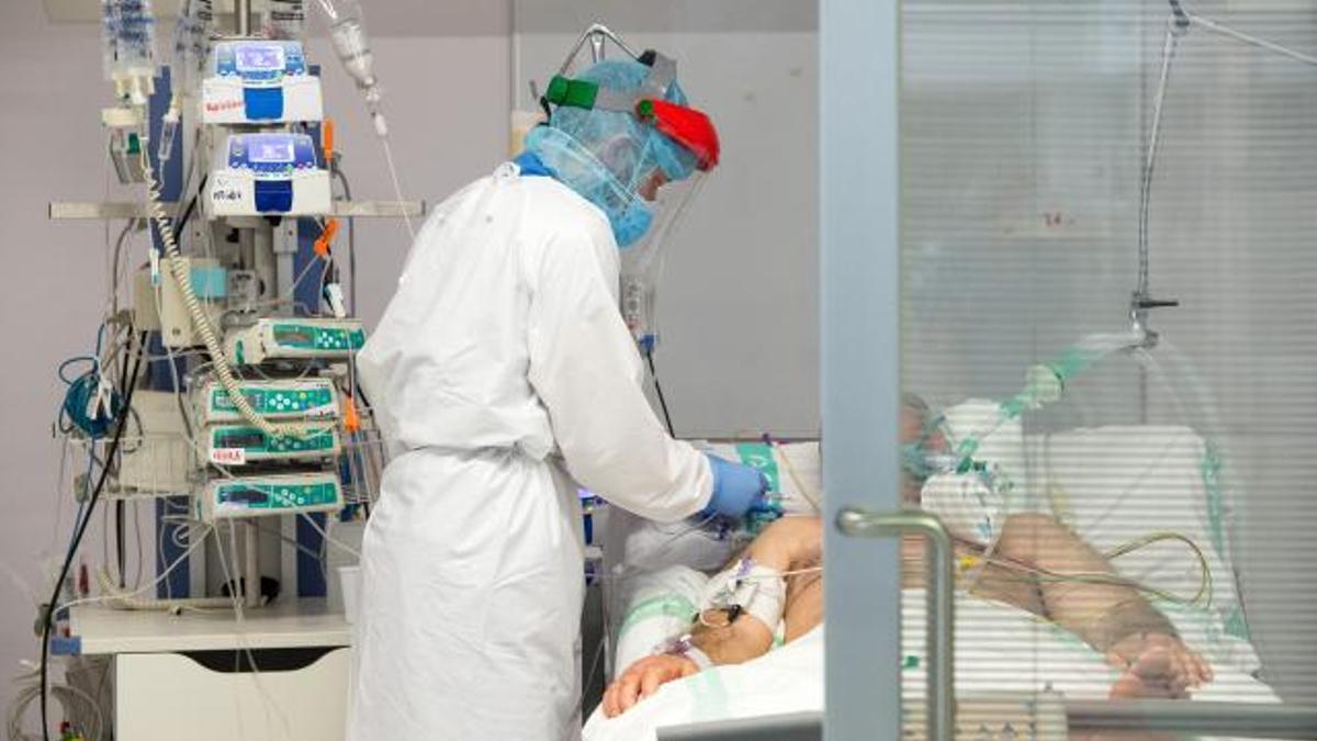 Un paciente COVID hospitalizado