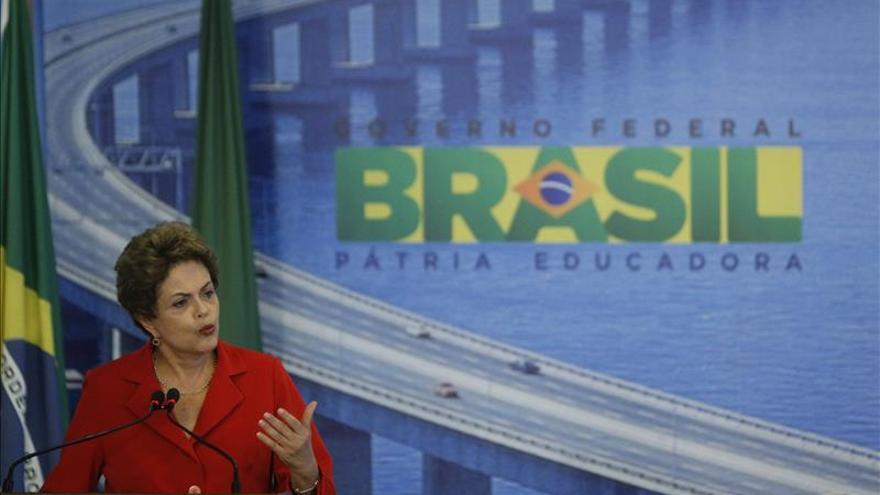 La oposición presenta una denuncia contra Rousseff para impulsar un juicio político