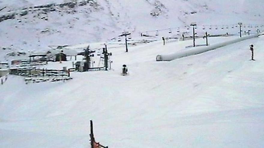 Alto Campoo supera ya los siete grados bajo cero