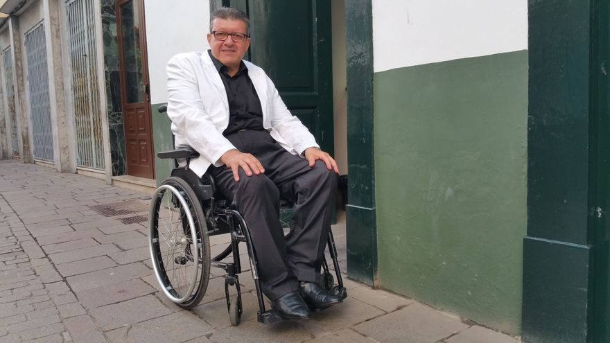 Enrique Rovira-Beleta es especialista es 'accesibilidad desapercibida'. Foto: UZ RODRÍGUEZ