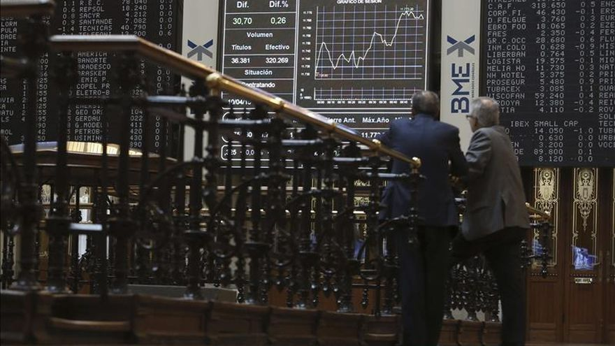 El IBEX desinfla sus ganancias a mediodía y sube el 0,53 por ciento