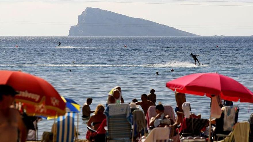 La incertidumbre política puede afectar al turismo, según patronal hotelera
