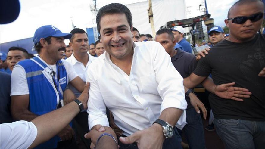 El presidente electo de Honduras calienta el ambiente con acusaciones contra el partido de Zelaya