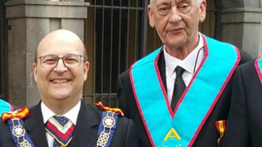 Fernando Leopold (derecha).