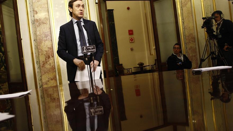 """El PP ve al líder del PSOE """"perdido en el juego de tronos de la izquierda"""""""