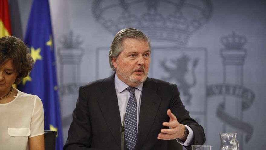"""El Gobierno dice que para el propio PSOE es """"un valor"""" contribuir a la estabilidad de España en un momento complicado"""