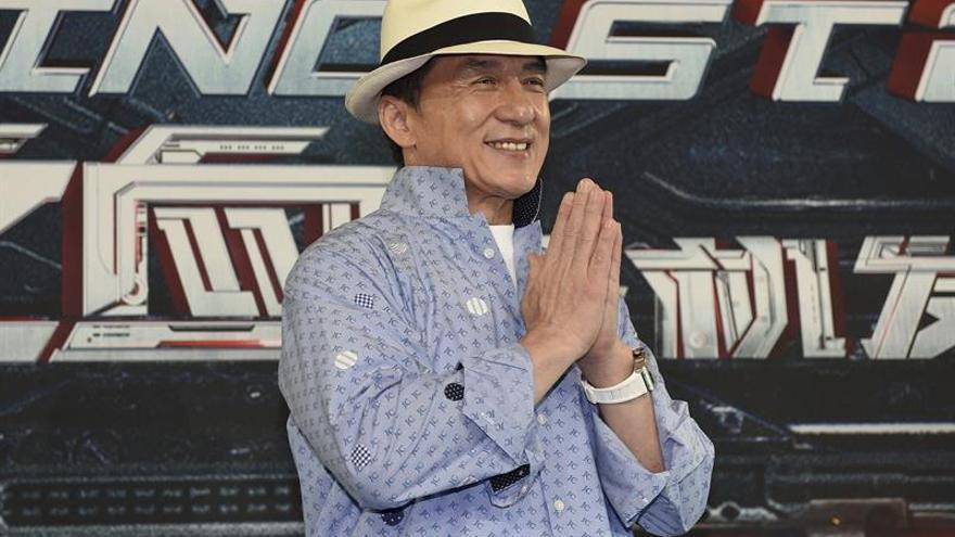 """Jackie Chan alcanza su """"sueño"""" en una noche repleta de estrellas"""