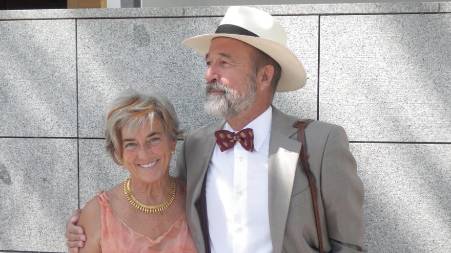 Mercedes Pérez-Fernández y Juan Gervás, médicos, matrimonio y autores de La expropiación de la salud