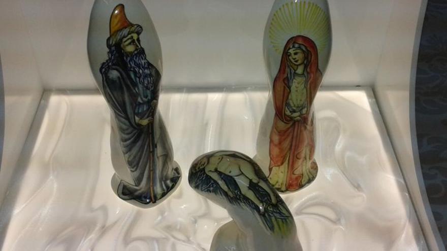 El Belén navideño realizado con consoladores / Non Sit Peccatum