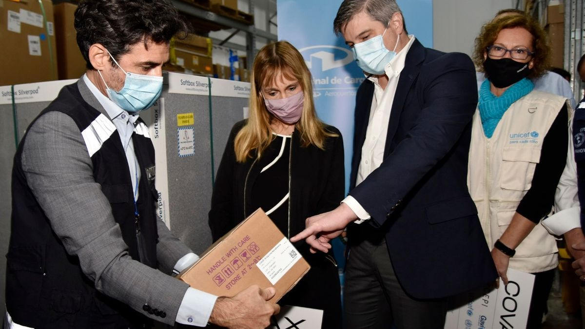 El 28 de marzo de 2021 llegaron las primeras 218 mil dosis del mecanismo COVAX a la Argentina.