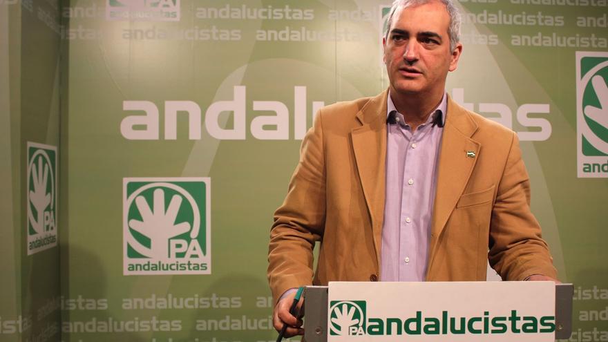 El secretario general del PA, Antonio Jesús Ruiz, candidato a la Junta al lograr el 77% de los votos en primarias