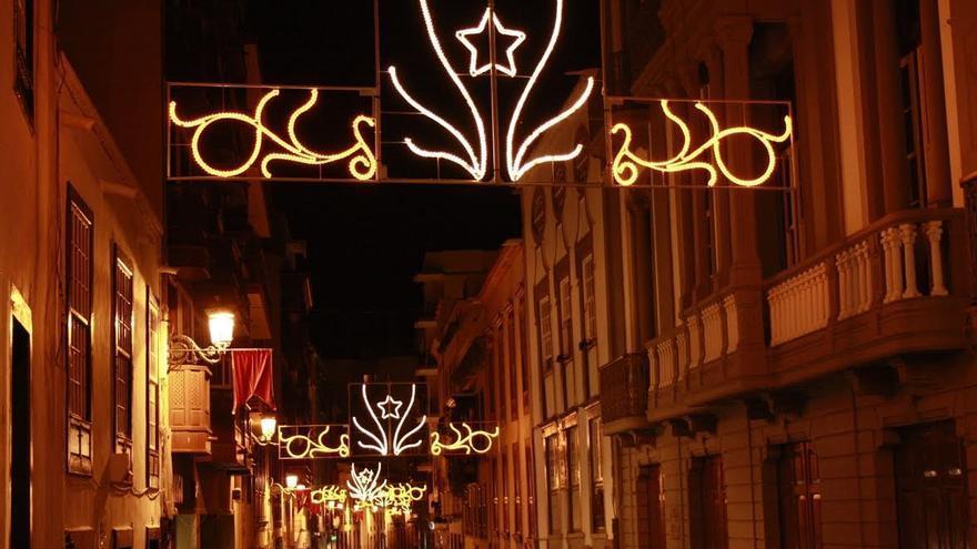 La Calle Real con las luces de Navidad.