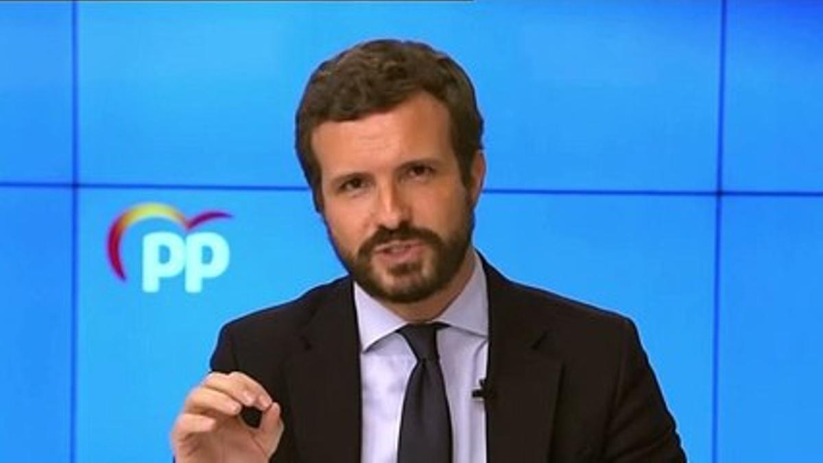 """Casado cree que España merece un presidente que """"no vaya contra Administraciones"""""""