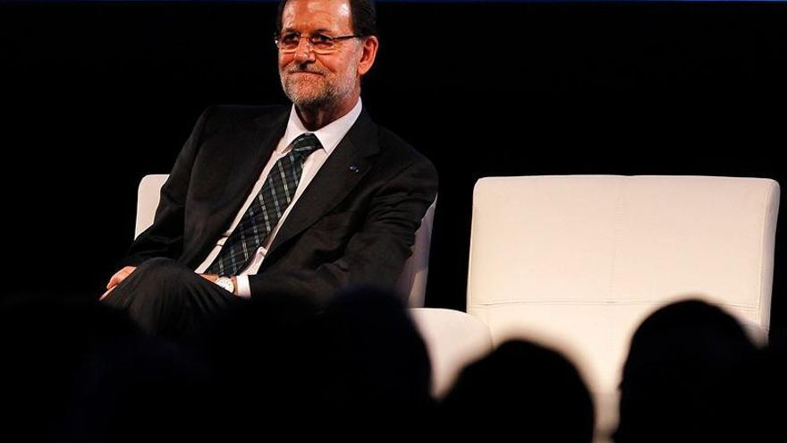 Rajoy invita a empresas de Latinoamérica a invertir en España, puerta de entrada a la UE