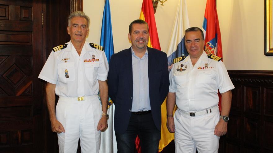 Reunión de los mandos militares con Juanjo Cabrera.