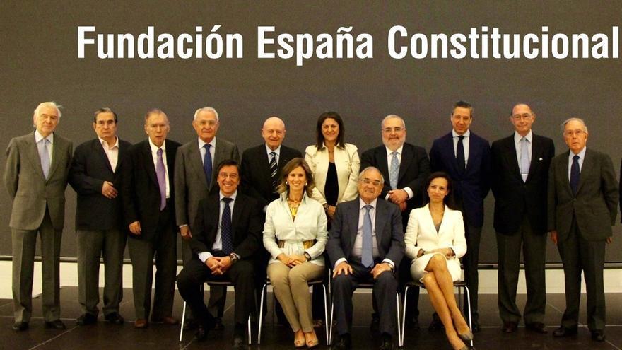 """Veinticinco exministros avisan de que imponer la independencia """"equivaldría a un golpe de Estado"""""""