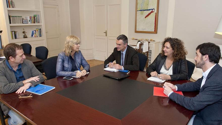 Euskadi y Navarra colaborarán en programas de convivencia y de atención a víctimas del terrorismo