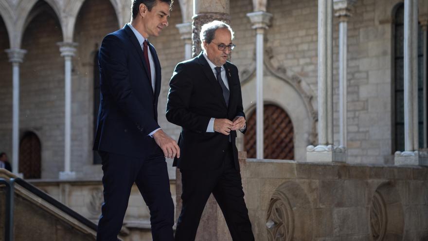 Sánchez propone a Torra iniciar en febrero la mesa de diálogo político