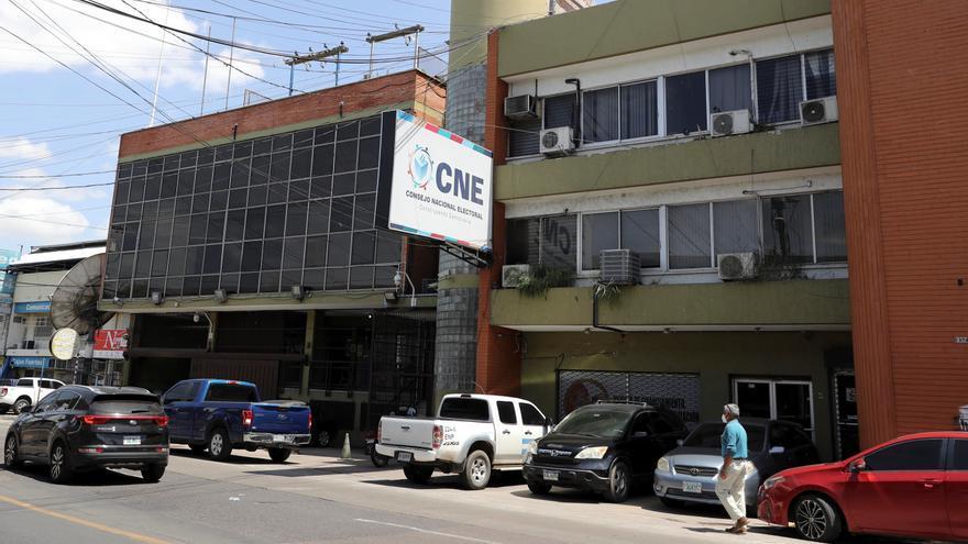 Once partidos hondureños minoritarios presentan a candidatos para elecciones