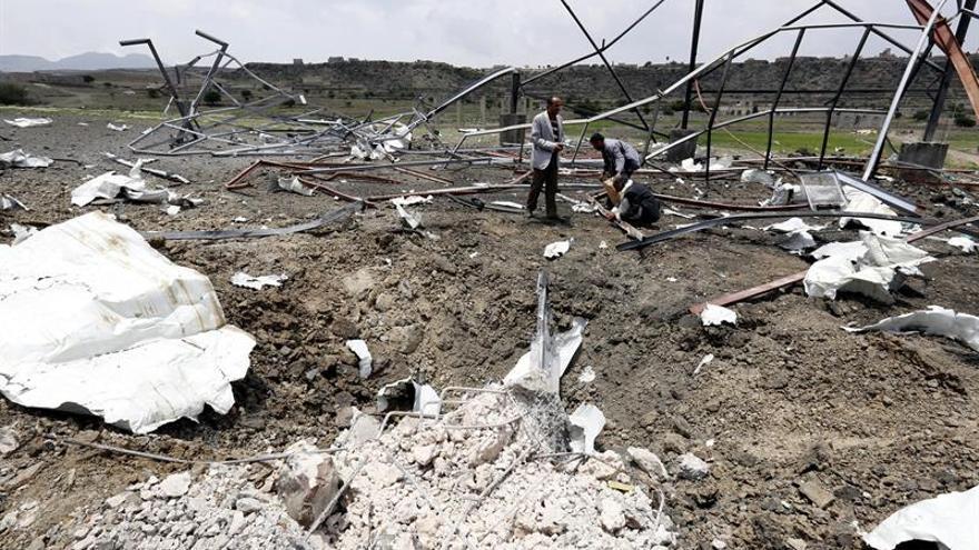 Mueren 4 niños por bombardeos de rebeldes hutíes en el suroeste del Yemen