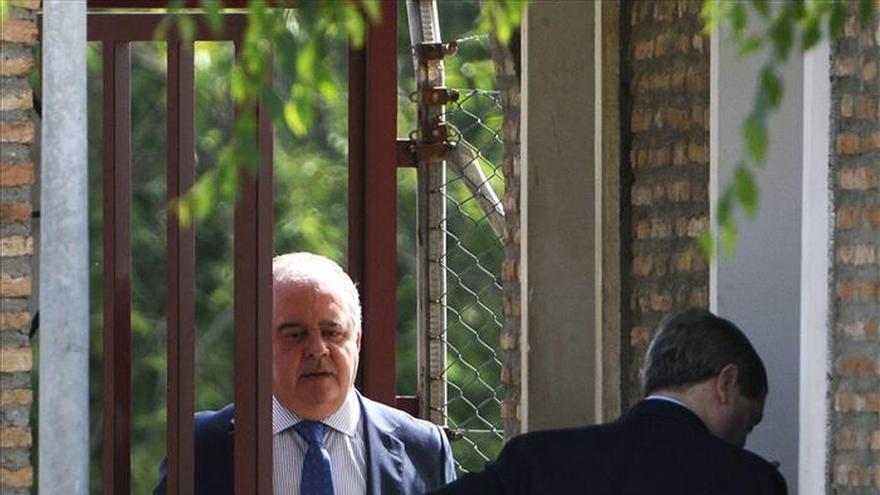 """El abogado de Pantoja asegura que está """"deseando que llegue"""" su permiso"""