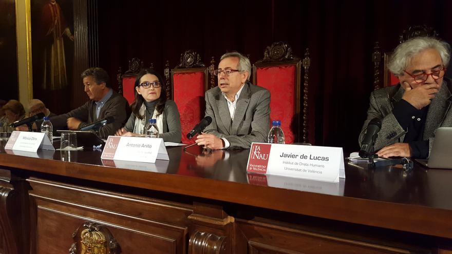 Sami Naïr, Mónica Oltra, Antonio Ariño y Javier de Lucas