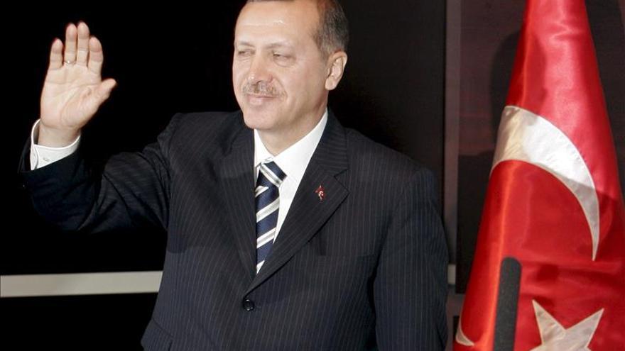 Once meses de cárcel para tres periodistas por un titular ofensivo para Erdogan