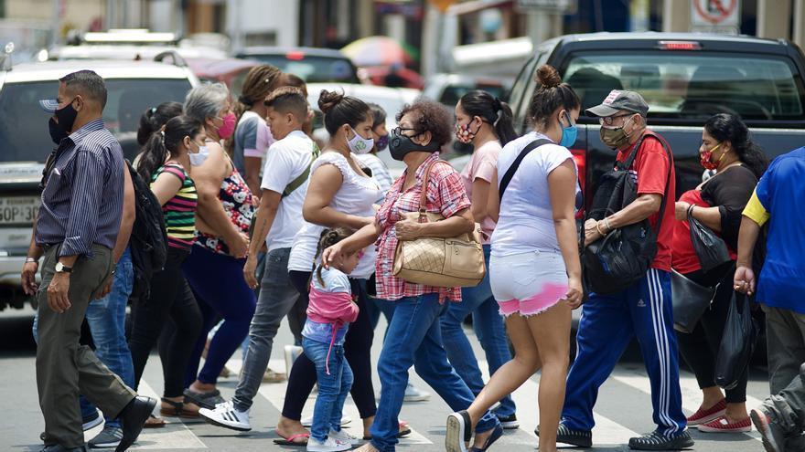 Contagios en Ecuador suben a 193.673, casi mil más que el lunes