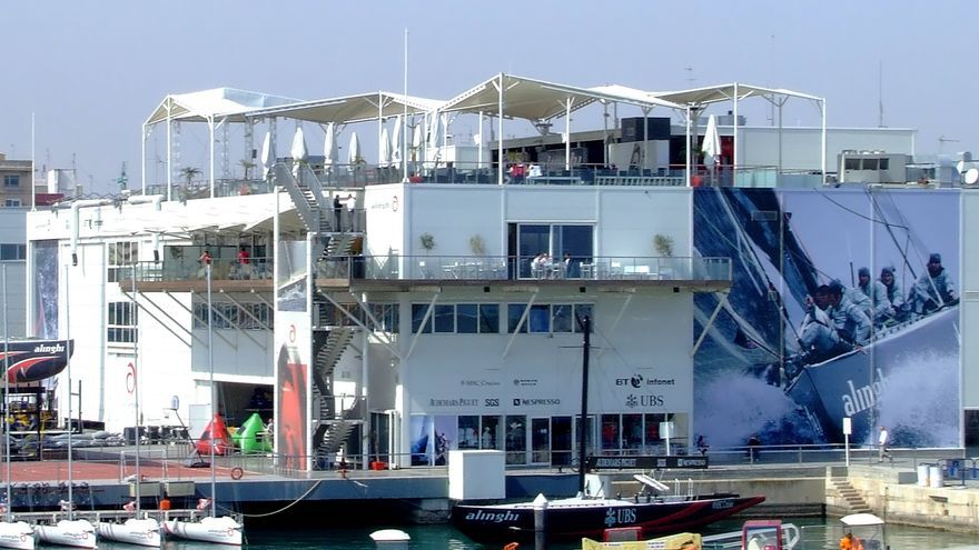 La antigua base del Alinghi en la Marina de Valencia.
