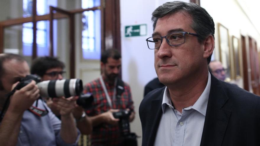 Ciudadanos critica que el PP no denunciara a González por la cuenta en Suiza porque era su obligación