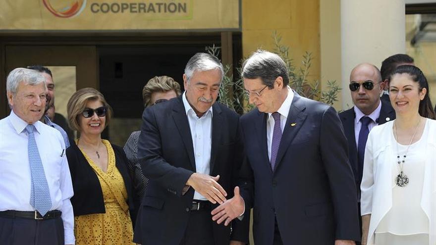 Líderes greco y turcochipriota no consiguen superar sus diferencias en Suiza