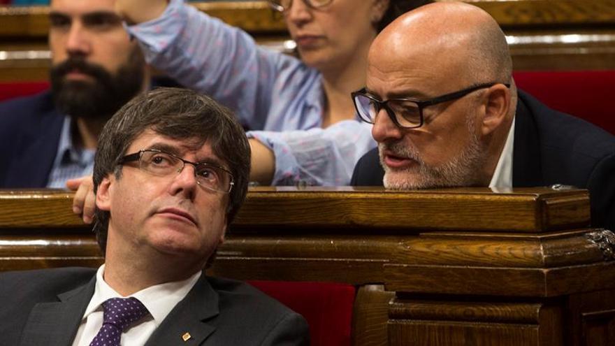 JxSí y CUP presentarán al mediodía en el Parlament la Ley de Transitoriedad