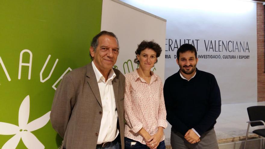 Miguel Soler, Vicent Marzà y María Oliver en la presentación del proyecto Primavera Educativa