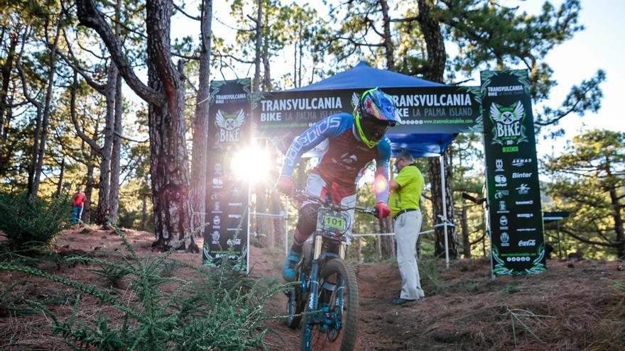 Edgar Carballo ganó la prueba de descenso. Foto: ALEX MARTÍN.
