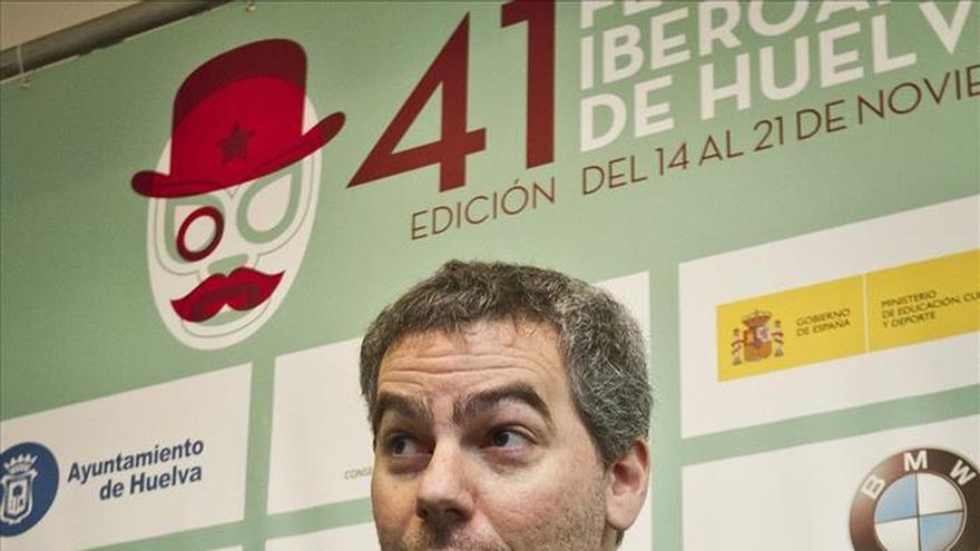 Schindel presenta en Huelva una reflexión sobre la esclavitud y el tráfico de personas