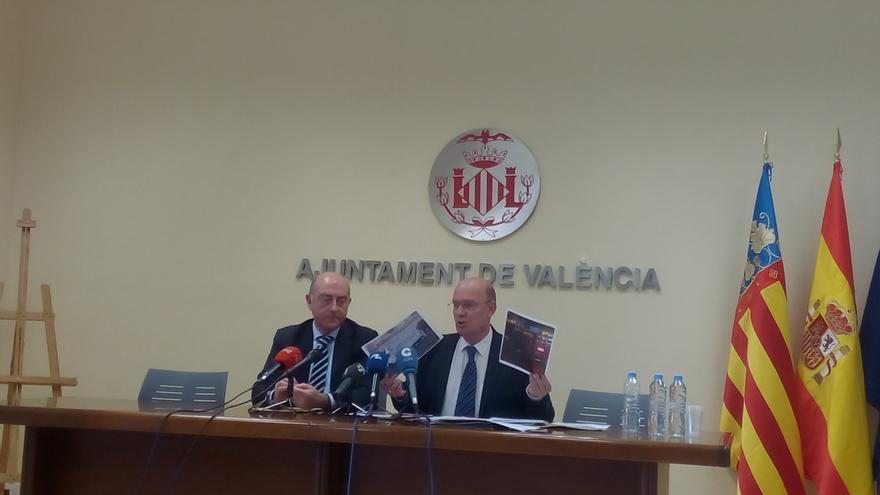 El portavoz del PP en el Ayuntamiento de Valencia, Alfonso Novo, y el edil Félix Crespo