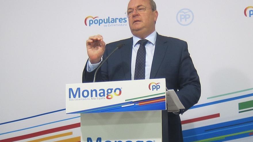 """Monago (PP) se compromete a reconocer """"hasta el último"""" de los """"cientos"""" de fallecidos """"sin contabilizar"""""""