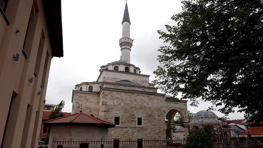 La reconstrucción de una mezquita bosnia infunde esperanzas de reconciliación