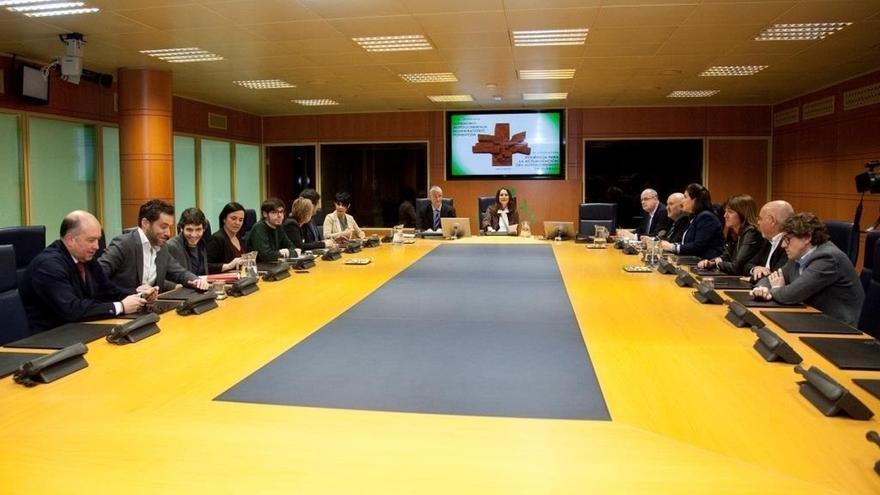 Los partidos vascos presentarán en un plazo de 15 días sus primeras propuestas para la Ponencia de Autogobierno