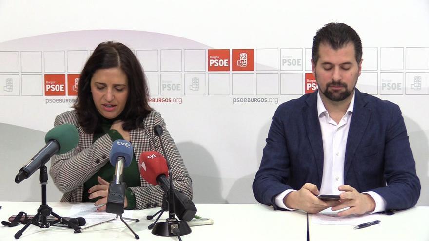 Esther Peña y Luis Tudanca, durante la rueda de prensa.