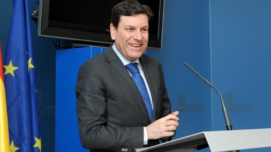 El consejero de Empleo, Carlos Fernández Carriedo, que asume ahora la cartera de Familia e Igualdad de Oportunidades.