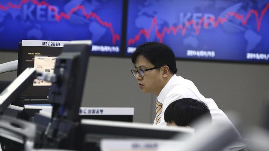 La Bolsa de Seúl retrocede un 0,02 por ciento en la apertura