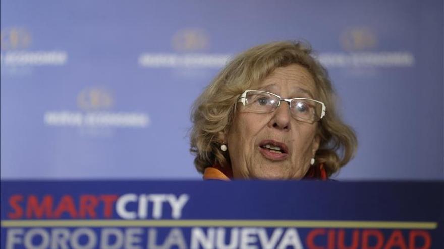 """Carmena rechaza la """"venganza"""" y los bombardeos tras los atentados de Francia"""