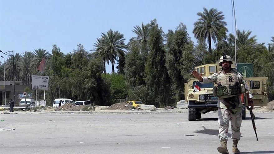 Mueren 8 miembros de la seguridad iraquí en un ataque del EI al norte de Bagdad
