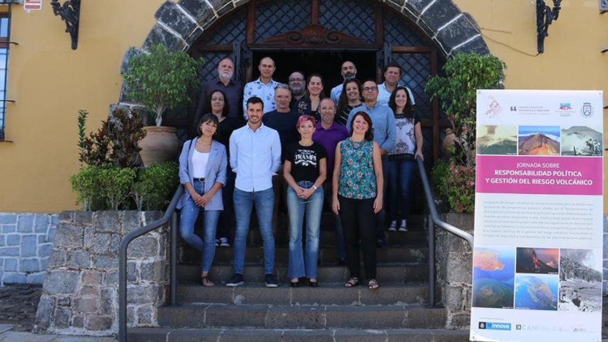 Participantes en las jornadas sobre riesgo volcanológico.