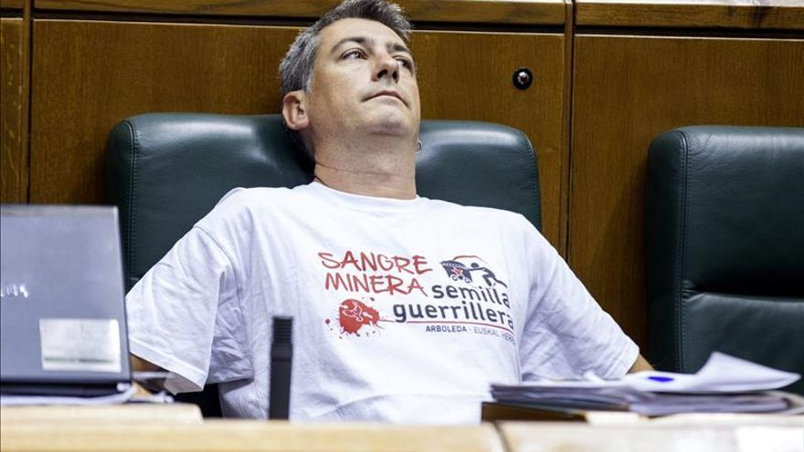 EH Bildu censura que PSE y PP no quieran tramitar la ley de consultas vasca