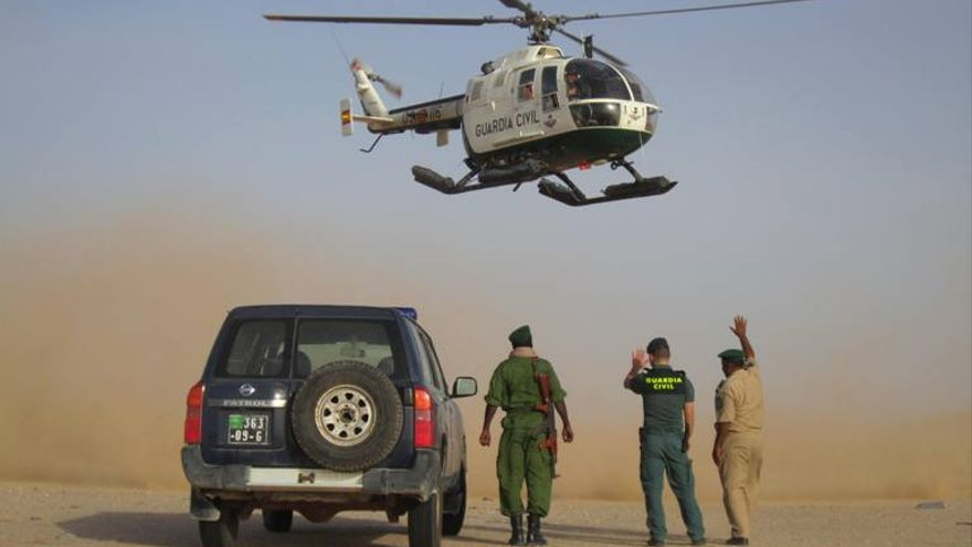 Patrulla terrestre mixta de la Guardia Civil en Mauritania