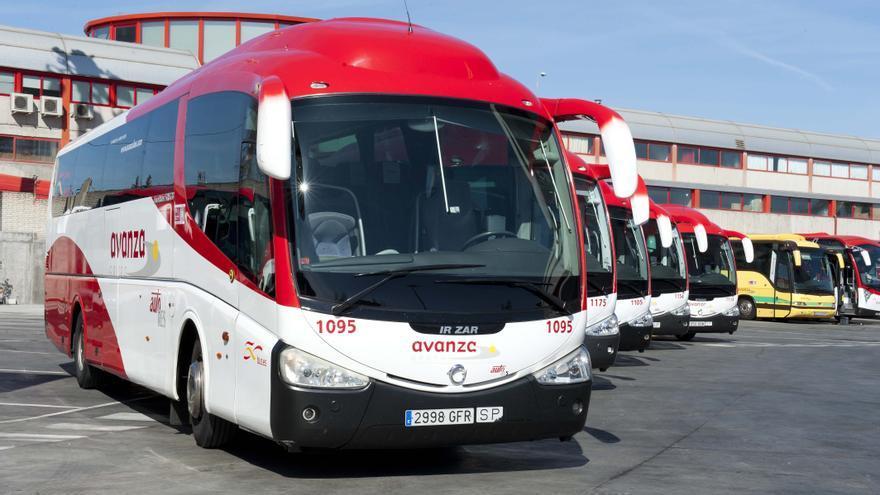 Las empresas de autobuses piden subir el billete interurbano para atajar su déficit de tarifa
