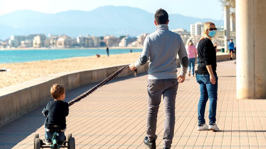 La covid redujo casi un 2 % la riqueza financiera de las familias en 2020