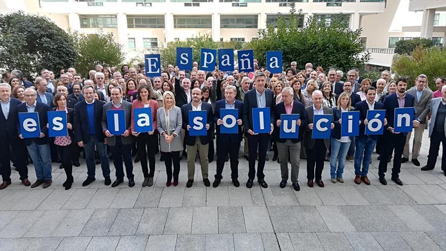 """Arenas promete que el PP será """"generoso"""" con Cs y PSC tras los comicios y recuerda el apoyo a Patxi López"""